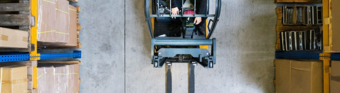 How to Maintain a Forklift Battery