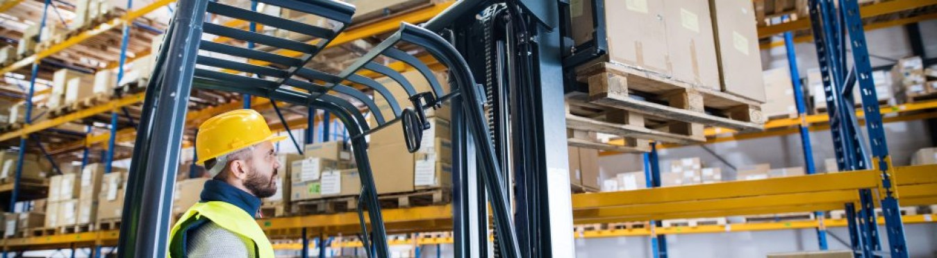 Important Forklift Safety Tips and Precautions for Warehouse Workers